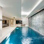 home-newlodge-pool